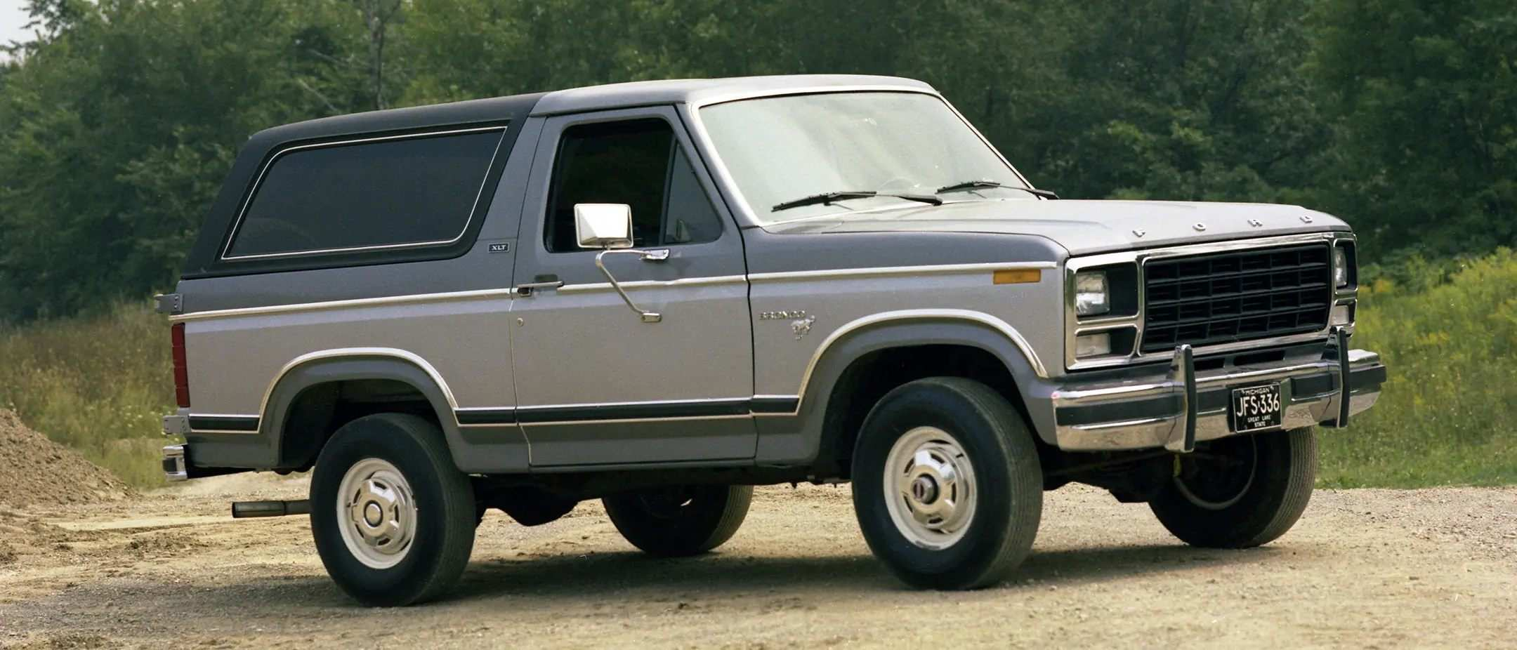 Ford Bronco A Wild History 1980 1986 Cam Clark Ford Canmore