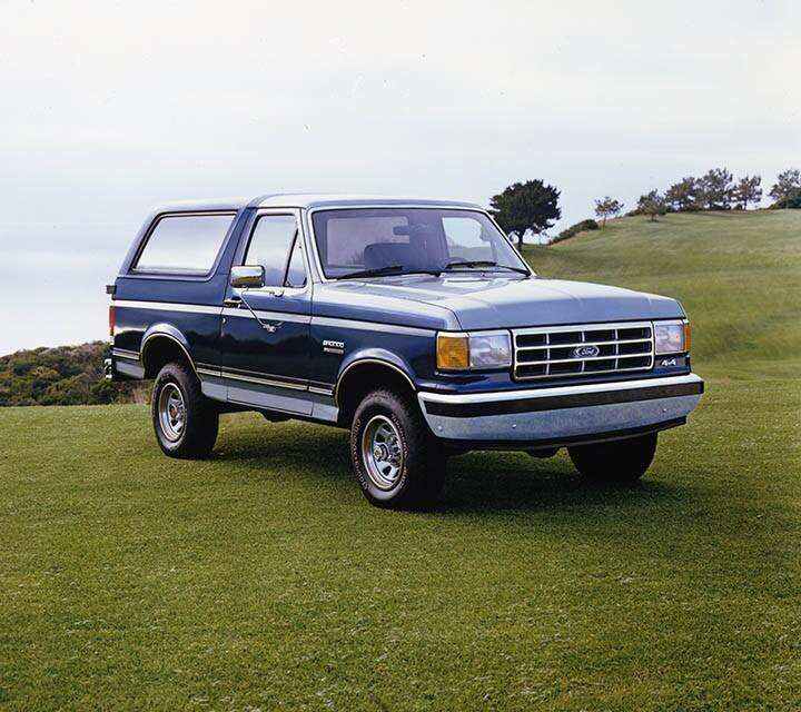 bronco-gallery-gen04-1987-001